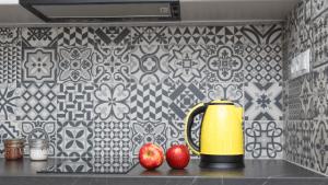 Hottest New Trends For Kitchen Backsplashes