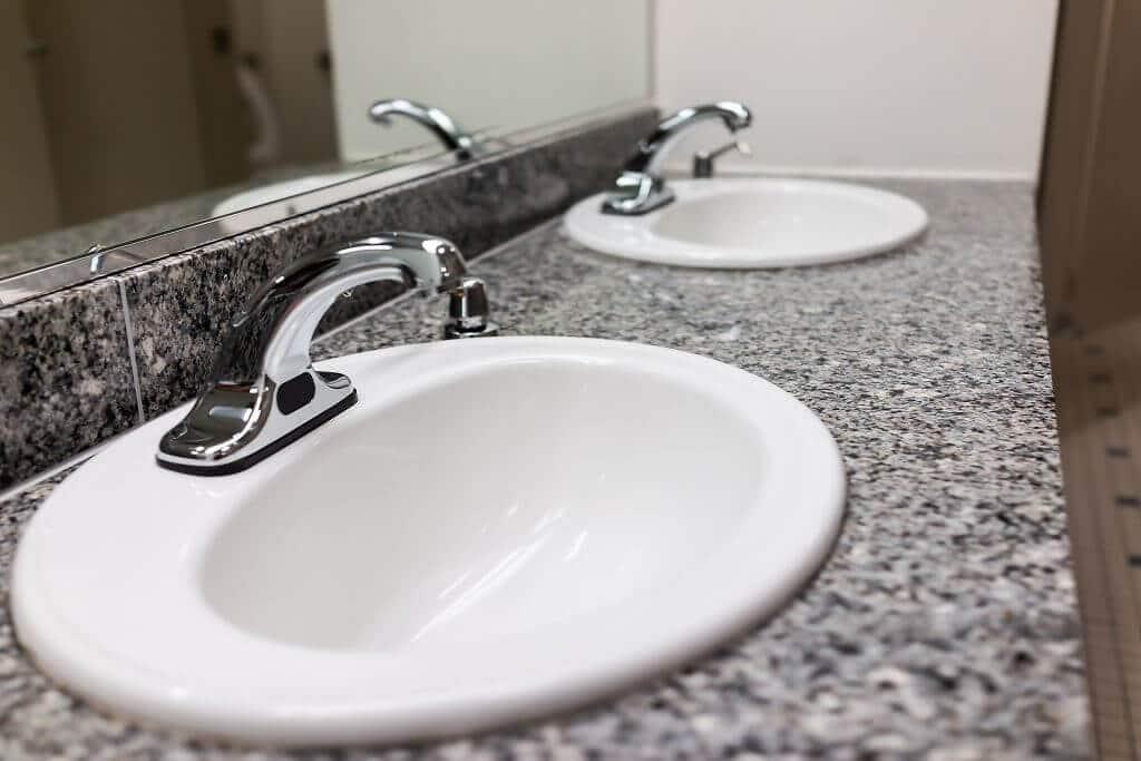 Bathroom Countertops & Sinks